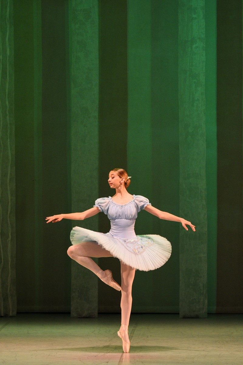 Fouett 233 26 Noor Ballett Fouette